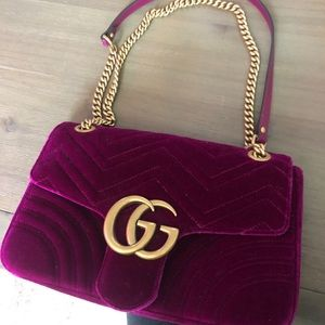 NEW WITH TAGS Gucci Velvet Marmont Medium Bag